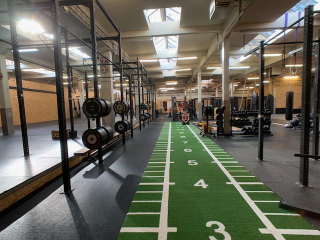 Looppad naar vechtsportmat BJJ/MMA + 'grasmat' Open Gym
