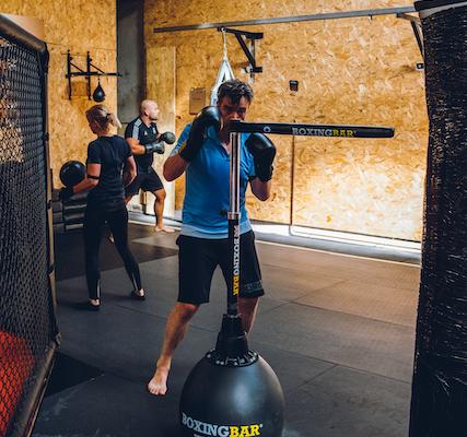 StrikeFit circuittraining combinatie van bokstechnieken en Strength en conditioning